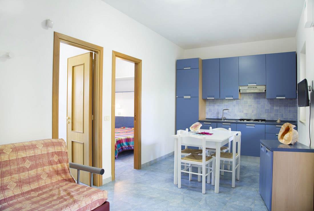 Appartamenti sul mare vieste dove alloggiare al gargano for Appartamenti sul mare barcellona